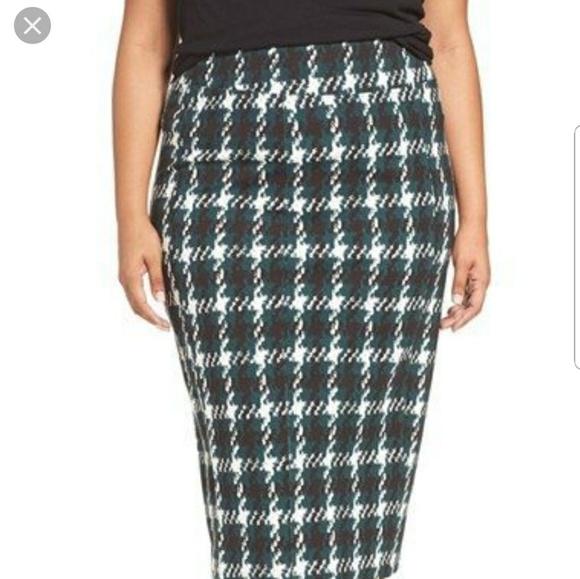 Melissa McCarthy Seven7 Dresses & Skirts - Melissa McCarthy skirt